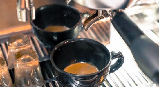 Czy opłaca się zainwestować w ekspres do kawy?